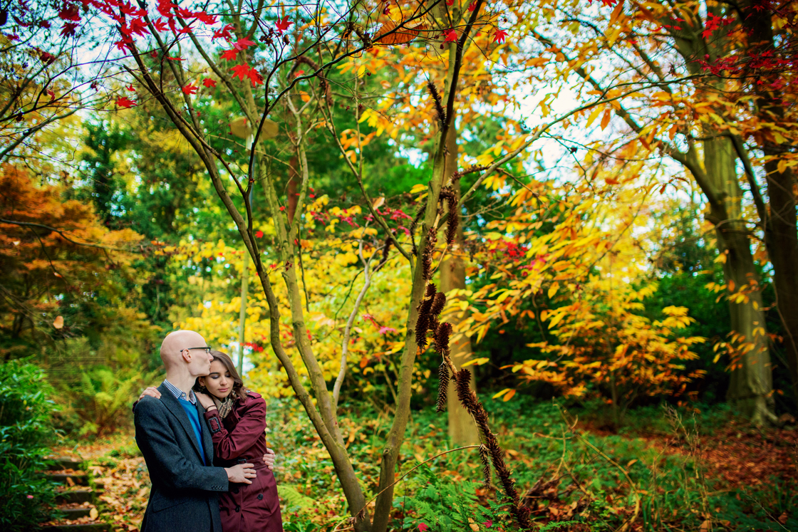 The-Royal-Holloway-London-Wedding-Photographer-David-and-Yasamin-Autumn-Engagement-Session-Photography-By-Vicki007