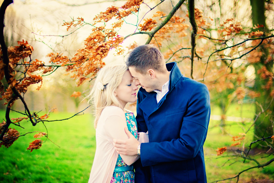 Primrose-Hill-Park-London-Wedding-Photographer-Richard-and-Sophie-Engagement-Session-Photography-By-Vicki008