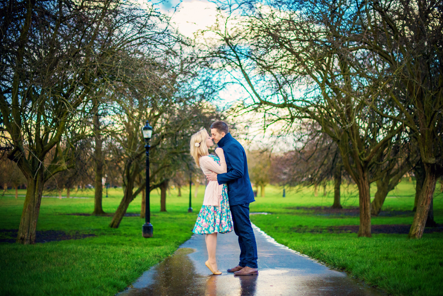 Primrose-Hill-Park-London-Wedding-Photographer-Richard-and-Sophie-Engagement-Session-Photography-By-Vicki014