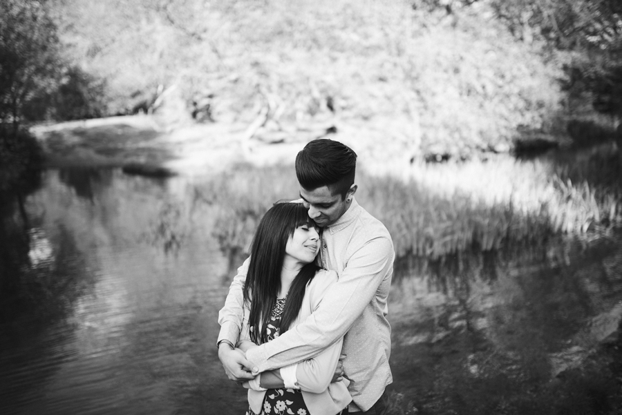 Virginia-Waters-Surrey-Wedding-Photographer-Leatesh-and-Caroline-Engagement-Session-Photography-By-Vicki018