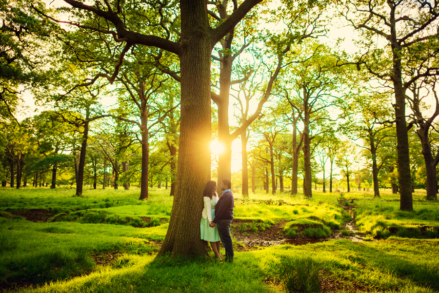 Richmond-Park-London-Wedding-Photographer-Benjamin-and-Sarah-Sunset-Engagement-Session-Photography-By-Vicki011