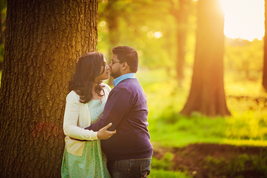 Richmond-Park-London-Wedding-Photographer-Benjamin-and-Sarah-Sunset-Engagement-Session-Photography-By-Vicki013