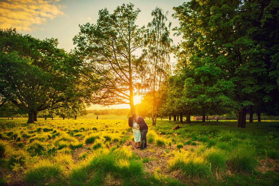 Richmond-Park-London-Wedding-Photographer-Benjamin-and-Sarah-Sunset-Engagement-Session-Photography-By-Vicki019