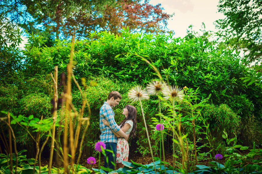 Compton-Acres-Dorset-Wedding-Photography-Alex-and-Kayla-Japanese-Italian-Engagement-Session-Photography-By-Vicki005