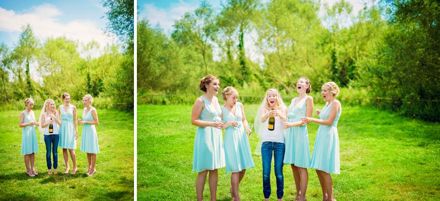 Hillfields-Farm-Berkshire-Wedding-Photographer-Peter-and-Jo-Photography-By-Vicki011