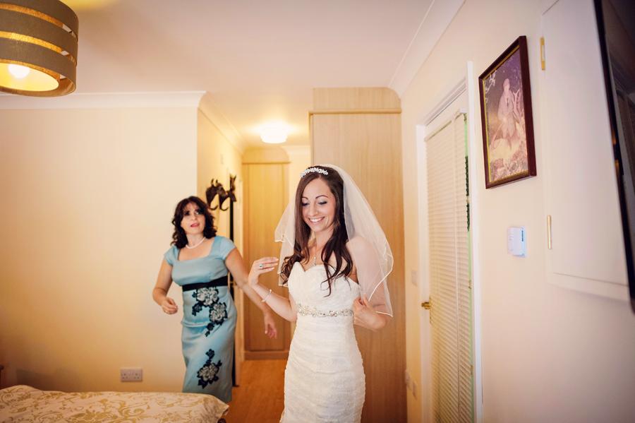 Salford-Hall-Warwickshire-Polish-Wedding-Photographer-Lukasz-and-Emily-Photography-By-Vicki014